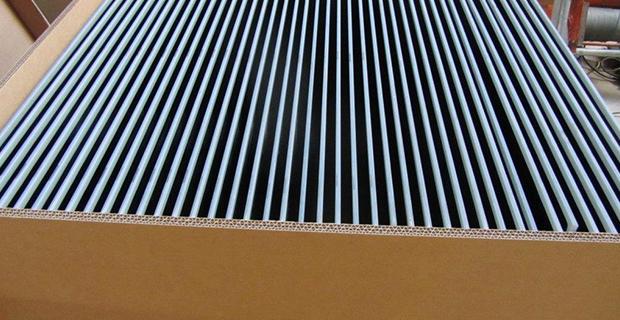 Solarzellen in einer Kiste